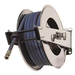 """โรลม้วนเก็บสายฉีดน้ำ RAMEX AV2000 Hose reels for water - high pressure Upto 200 bar/2900 psi โรลม้วนเก็บสายอัตโนมัติ ใช้กับเครื่องฉีดน้ำแรงดันสูง 0 - 200 บาร์ ผลิตจากอิตาลี ใช้ในอุตสาหกรรมฟาร์มปศุสัตว์ โรงงานอุตสาหกรรม อู่ซ่อมรถยนต์ เกษตรกรรม ก่อสร้าง เหมืองแร่ เรือเดินสมุทร ใช้กับสายขนาด 1/4"""" 5/16"""" 3/8"""" 1/2"""""""