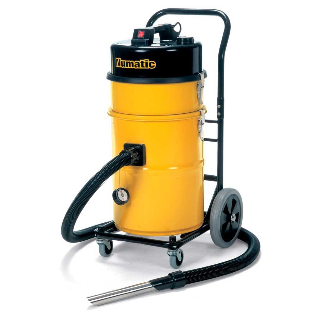 เครื่องดูดฝุ่นอุตสาหกรรม NUMATIC HZDQ750-2 ความจุ 35 ลิตร ออกแบบมาสำหรับดูดฝุ่นอันตราย สารพิษ สารเคมี วัตถุไวไฟ โครงสร้างโลหะทั้งตัว