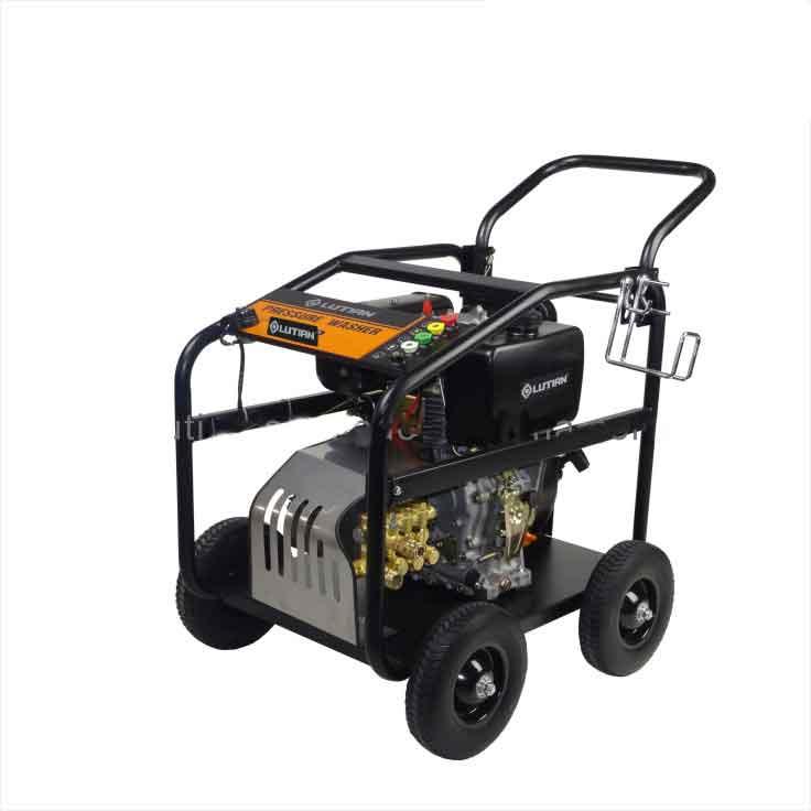 เครื่องฉีดน้ำแรงดันสูงขับปั๊มฉีดน้ำด้วยเครื่องยนต์ดีเซลWAP 15D36-10C HIGH PRESSURE WASHER COLD WATER DIESELENGINE 150 - 248 Bar, 1080 L/H, 10 HP, 3200 RPM เหมาะสำหรับใช้งานนอกสถานที่ ในบริเวณที่ไม่มีกระแสไฟฟ้า ประหยัด บำรุงรักษาง่าย ประหยัดเชื้อเพลิง